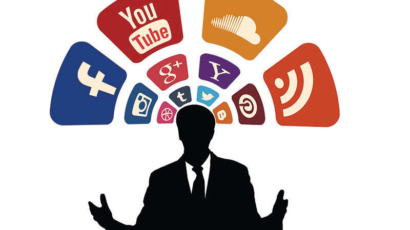 La Politica y el gran impacto de las Redes Sociales y los medios de comunicación en línea.